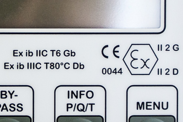 Close-Up of the Gönnheimer Controller showing the ex-proof logo