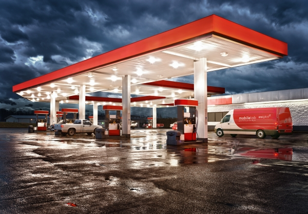 Mobile_Lab_Sprinter_Gasstation